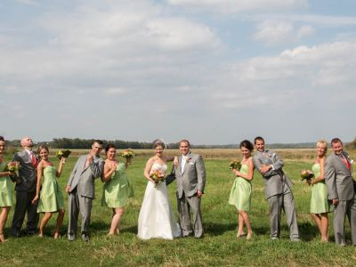 Wedding party at Badger Farms